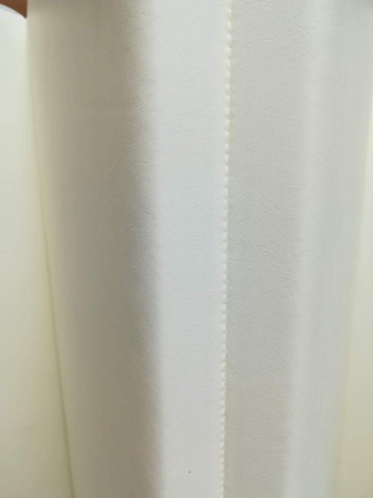 カラズのベビーマットの折り目