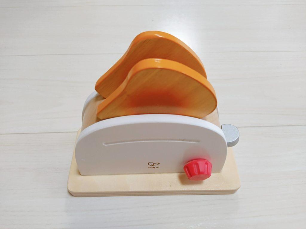 1歳7ヶ月娘にTOYBOXからレンタルしたおもちゃ・知育玩具:「トースターセット」